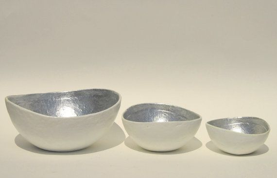 Bowl paper mache white opulence with silver leaf