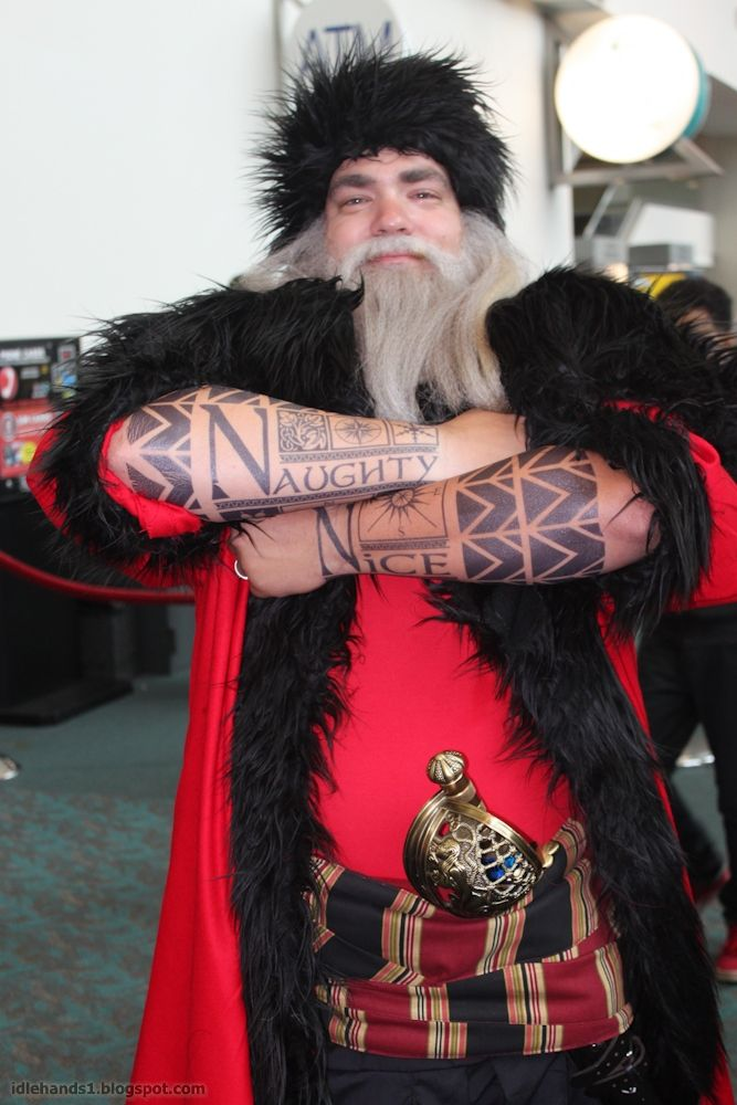Santa from Rise of the Guardians Cosplay at SDCC 2013. WHO ARE YOU?! I DON'T EVEN CARE. LET'S BE FRIENDS NAOW.
