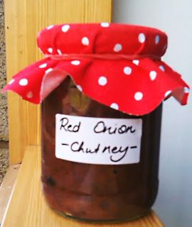 Like Chutney? Make some delicous Caramelized Red Onion Chutney at home! Find recipe on Massive Food Baby!