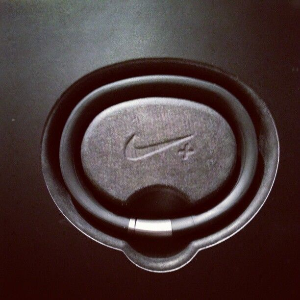 The #Nike #Fuel band is awesome. When I remember to wear it...