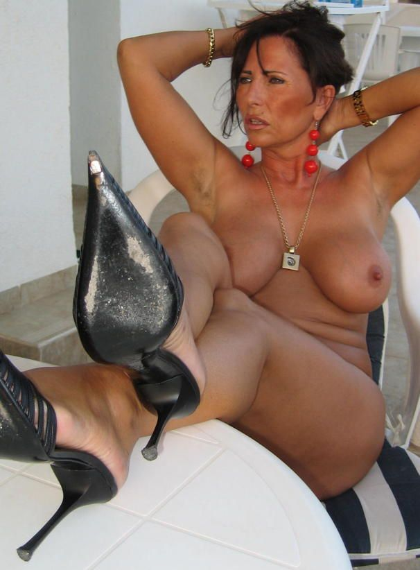 Nude Photos Of Mature Woman