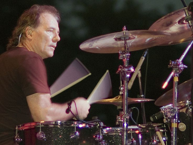 Aynsley Dunbar (born 10 Jan 1946) is an English drummer. He has worked with some of the top names in rock, including Nils Lofgren, Eric Burdon, John Mayall, Frank Zappa, Ian Hunter, Lou Reed, Jefferson Starship, Jeff Beck and Rod Stewart, David Bowie, Whitesnake, Sammy Hagar, Michael Schenker, UFO and Journey.