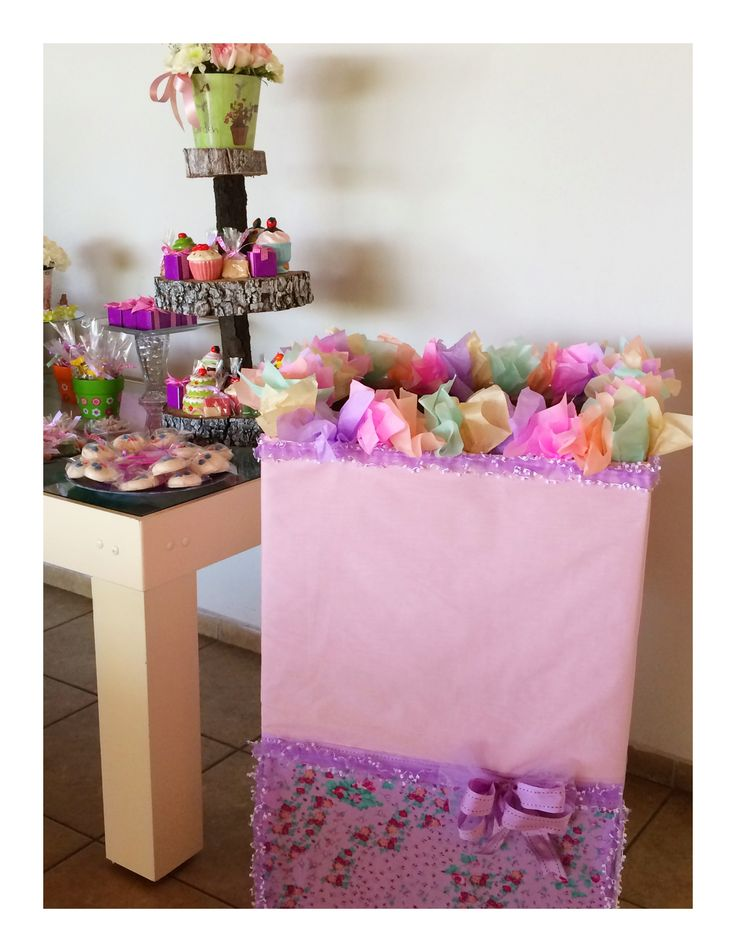 44 best images about caja de regalos on pinterest - Cajas decoradas para bebes ...