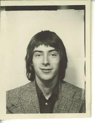 Paul Weller...I never thought I'd say it about you but...oh dear! Bad hair day!