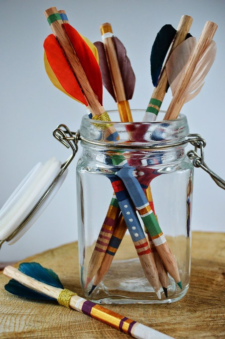 channeling my inner Katniss Everdeen: DIY arrow pencils tutorial, so cute & easy, any color possible, great gift idea too