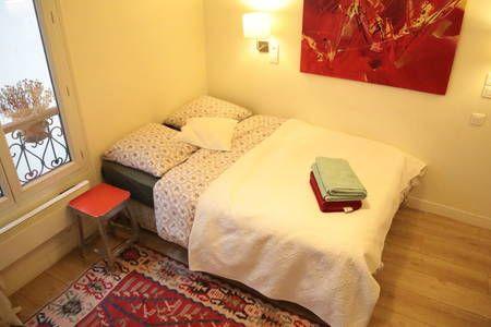Bekijk deze fantastische advertentie op Airbnb: Cosy Studio in LE MARAIS (center) - Appartementen for Rent in Parijs