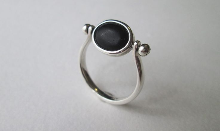 Swivel ring with african black wood #woodenjewelry #twists #silver #handmade #designerjewellery #kinke;