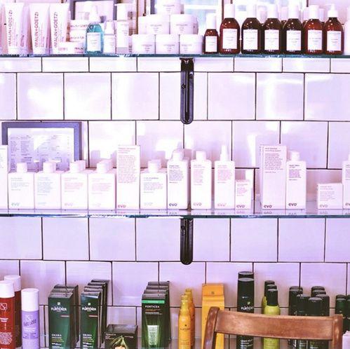Les 15 meilleures id es de la cat gorie salons de coiffure for Salon de coiffure new york
