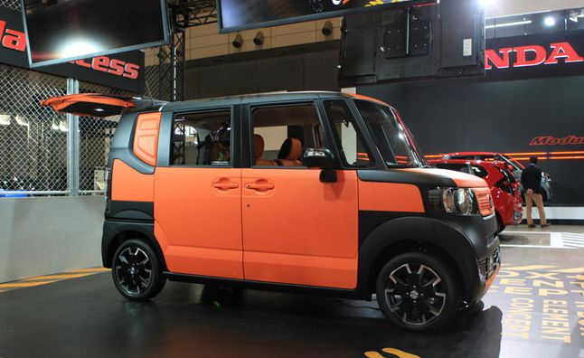 Honda element 2016 it can be the good car because of the unique design.