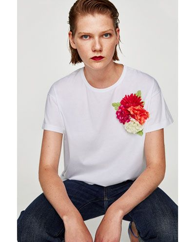 Image 2 of T-SHIRT WITH FLOWER APPLIQUÉ from Zara