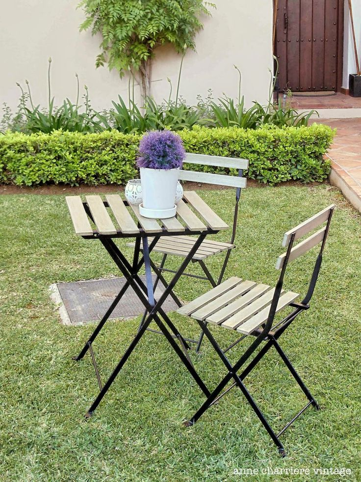 Painting outdoor furniture AFTER