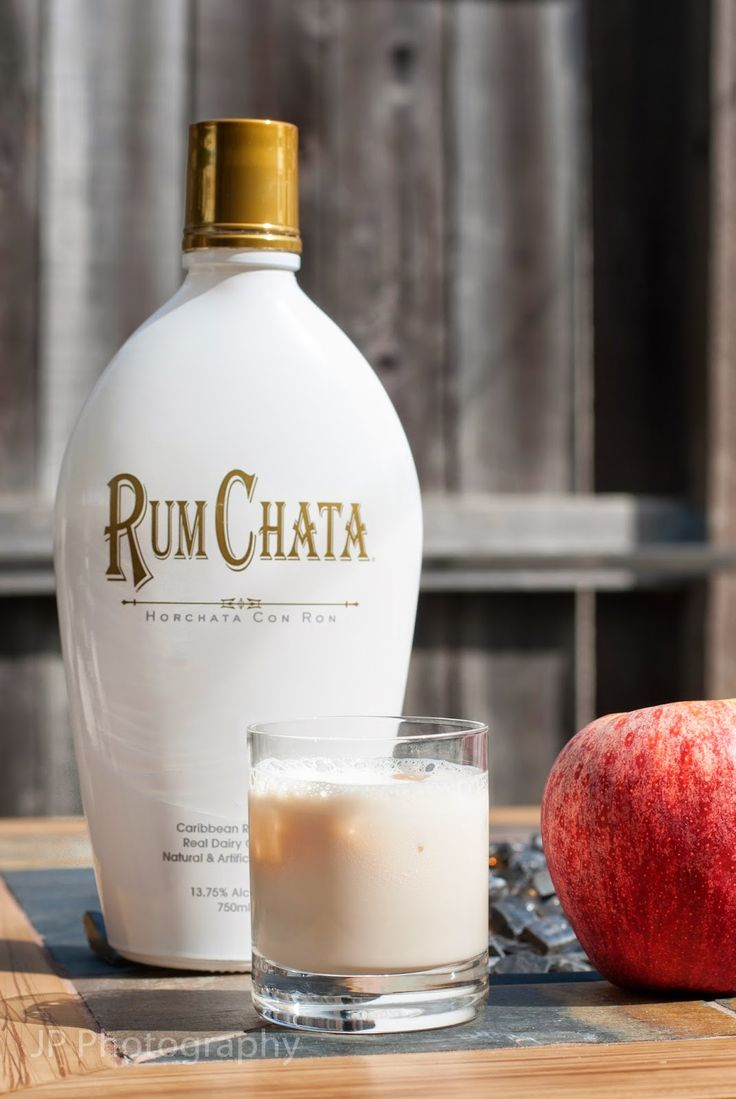 Apple Pie Chata (3 oz apple pie liqueur 2 oz Rum Chata)