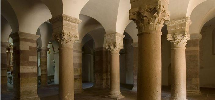 Kloster Corvey, dessen Gründung auf das Jahr 822 zurückgeht, gehörte zu den einflussreichsten Klöstern des Frankenreiches. Eine aus der Erbauungszeit ...
