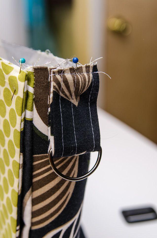 TUTORIAL: Adjustable Strap | http://sewplicity.com/2014/09/tutorial-adjustable-strap/