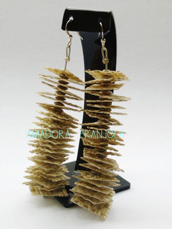 Originales aros de PVC reutilizado Ecofriendly por AmadoraFranjola, $24.00