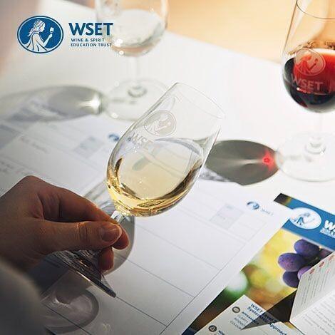 Hoy comienza un nuevo curso @wsetglobal nivel 1. Mucha suerte a todos los alumnos que comienzan la travesía en The Wine School Chile hoy! Si no pudiste tomarlo no te preocupes que ya tenemos fecha para un nuevo curso en marzo.