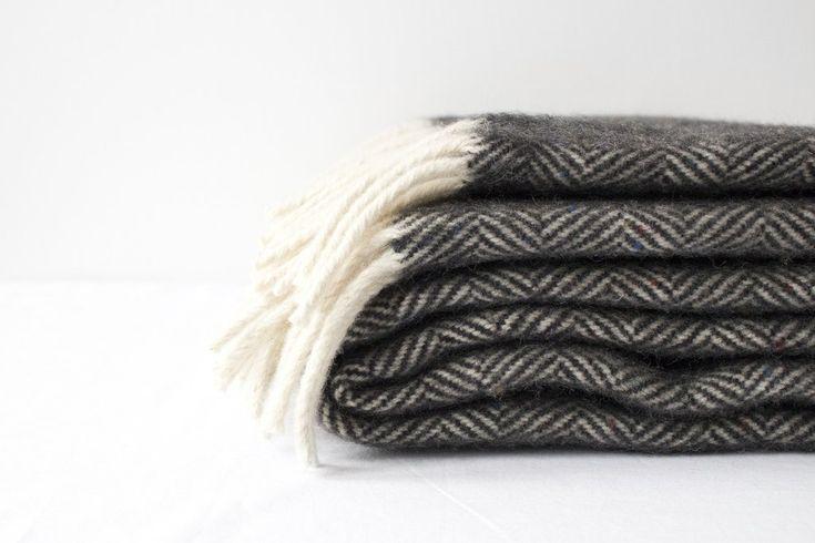 Huge woolen blanket  #wool #naturalmaterial #blanket #warm #comfort #hnstly