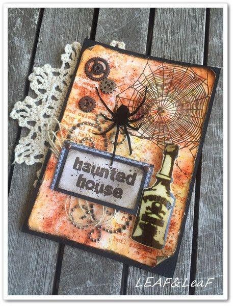 こんにちは!手作りカードな暮らし。をご覧いただきありがとうございます!LEAF&LeaF(リーフリーフ)です。 さて、ハロウィンの栞サイズカードを3色…