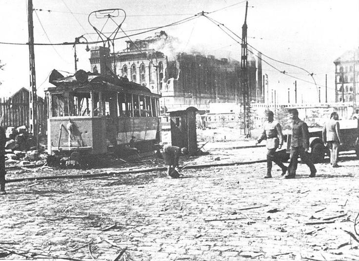 A Boráros tér 1945 nyarán
