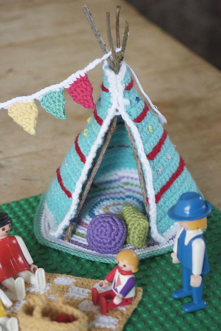 let's go camping kate bruning teepee and cushions  #crochet #amigurumi #häkeln …