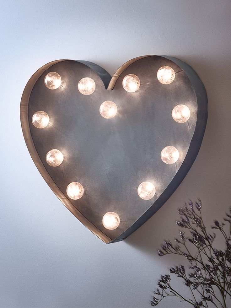 NEW Silver Heart Carnival Light
