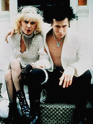 Gary Oldham and Chloe Webb as Sid and Nancy. Awesome.