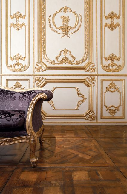 Boiserie Intaglio: Artistic wood boiserie with solid wood intaglios.