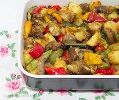 Le verdure gratinate sono un piatto delizioso e saporito, sono perfette da servire come contorno, come antipasto o come secondo Sono certa che le adorerete!