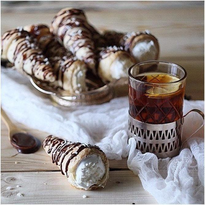 Трубочки с белково-кокосовым заварным кремом, под шокоганашем из кокосовых сливок - Путь к истинной себе