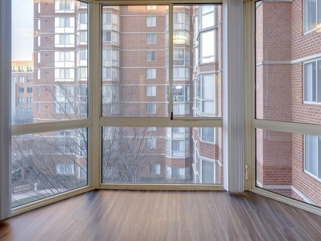 Lincoln Old Town Apartments Alexandria Va Apartments Com In 2020 Old Town Apartments Luxury Apartments Old Town Alexandria
