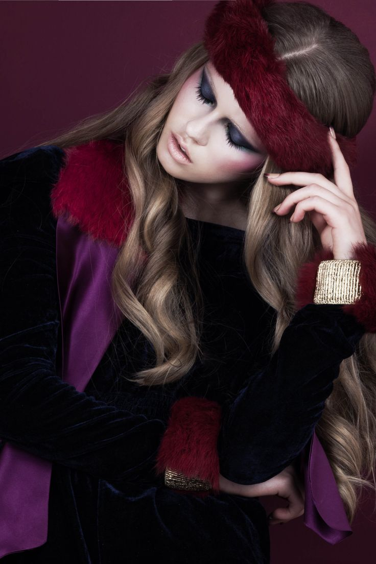 Bordeaux rabbit fur headband; Purple silk scarf with bordeaux rabbit fur applique; Bordeaux rabbit fur cuffs with gold elastic band // © MORECCO 2014