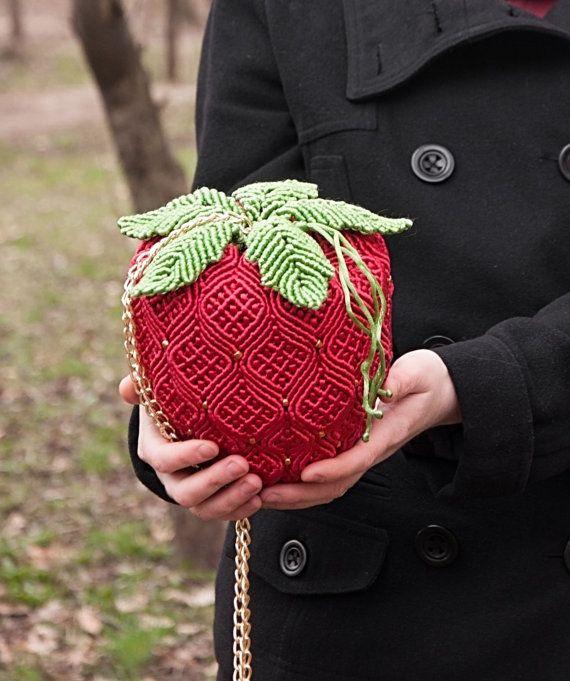 Handbag Strawberry от Makramania на Etsy