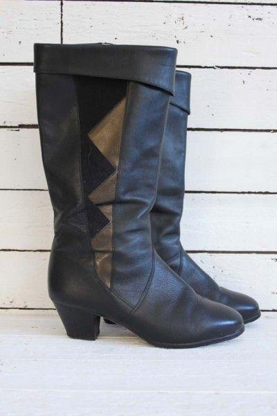 love black boots  Mooie, zwarte laarzen met suède details. Maat: 38, 38.5  laarzen 042