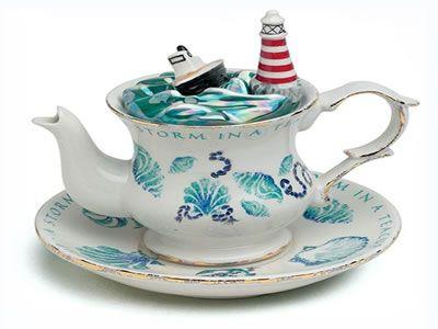 Teteras_originales.jpg (400×300): Teas Time, Teas Cups, Teacup Teapots, Teas Pots, Lighthouses Teapots, Teas Sets, Storms, Unique Teapots, Teas Parties