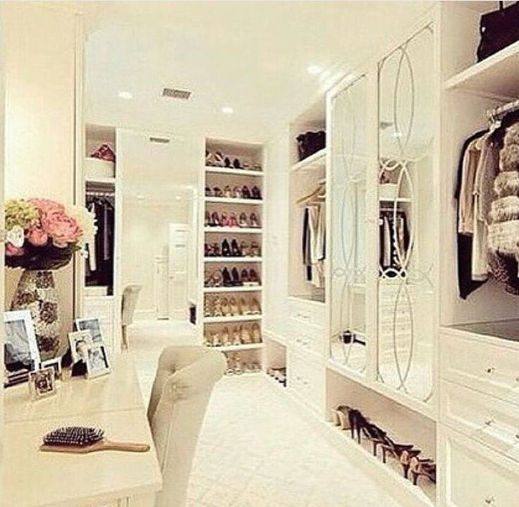 Floor To Ceiling Master Walk In Closet Love The Mirrored Door Idea