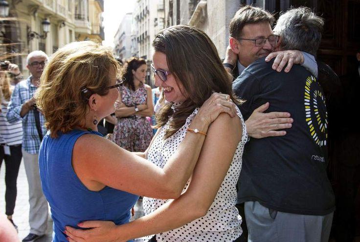 Puig y Oltra reciben a las víctimas del metro de Valencia