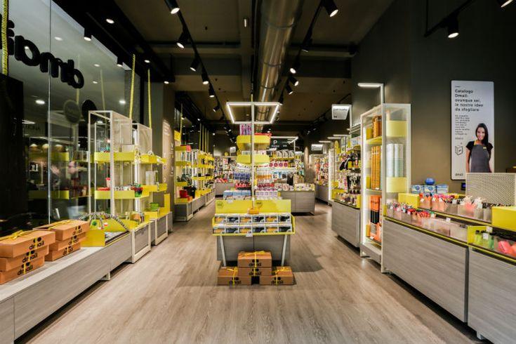 DMAIL: интерьер концепт-бутика