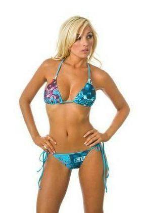 Купальник Ed Hardy (love kills) голубой #18940 !! Последняя распродажа модели !! Продаётся с большой скидкой !! !! Отличное качество и низкая цена !!