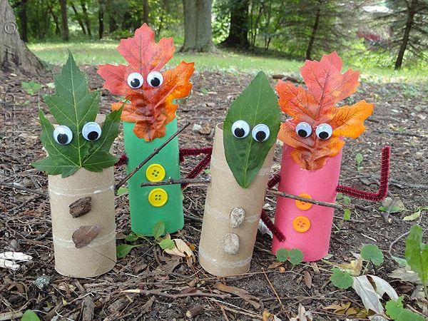 Fall Leaf Finger Puppets by CraftsbyAmanda.com