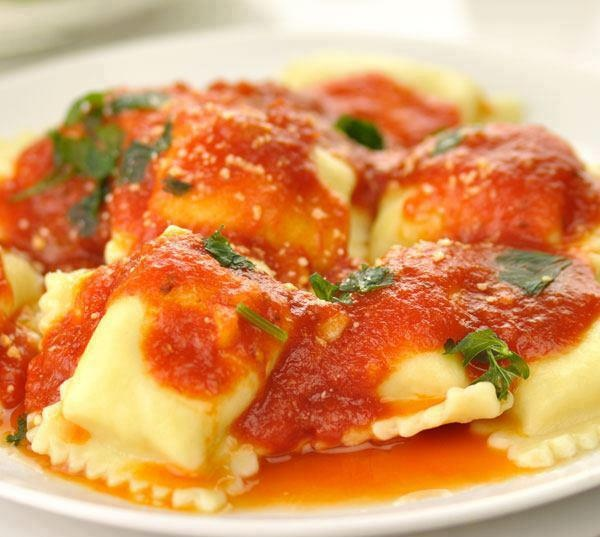 So obviously I'm obsessed with ravioli.....Nope. Not apologizing.