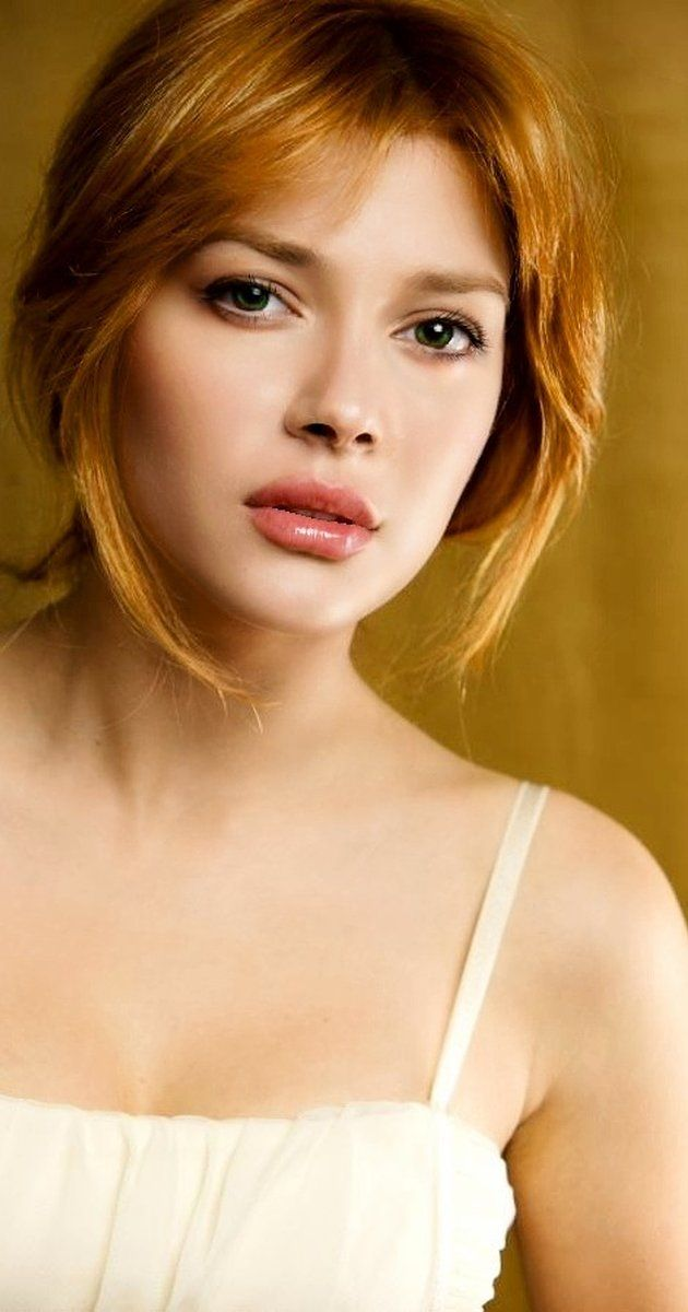 Elena Satine photos, including production stills, premiere photos and other…