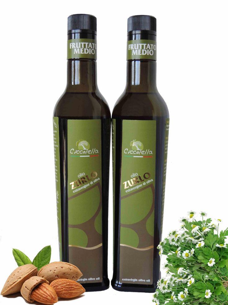 """Olio extravergine d'oliva """"Zurlo"""", gusto pulito di note vegetali intrecciate alle delicate note piccanti per una condizione dinamica ed equilibrata. Al naso offre profumi erbaceo-floreali che rimandano alla camomilla verde. Eccellente nell'esaltare piatti a base di pesce e verdure, formaggi freschi e salse delicate"""