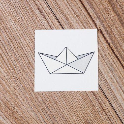 Papier autocollant de tatouage temporaire