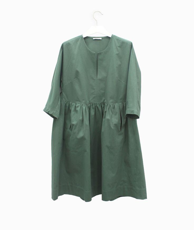 Lebor Gabala sarga dress #arropame #conceptstore #bilbao #ss2016 #LeborGabala #fashion #shopping #trendy #stylehttp://arropame.com/lebor-gabala-primera-capsula-ss16/