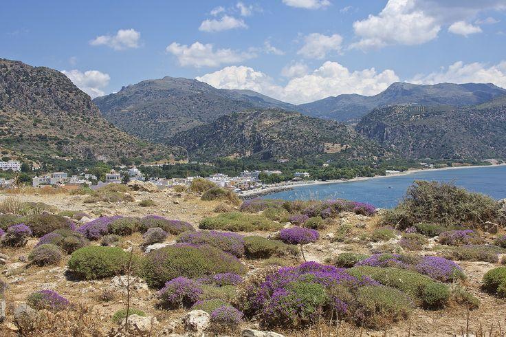 Le village de #Paleochora et les montagnes de #Crète. #Grèce