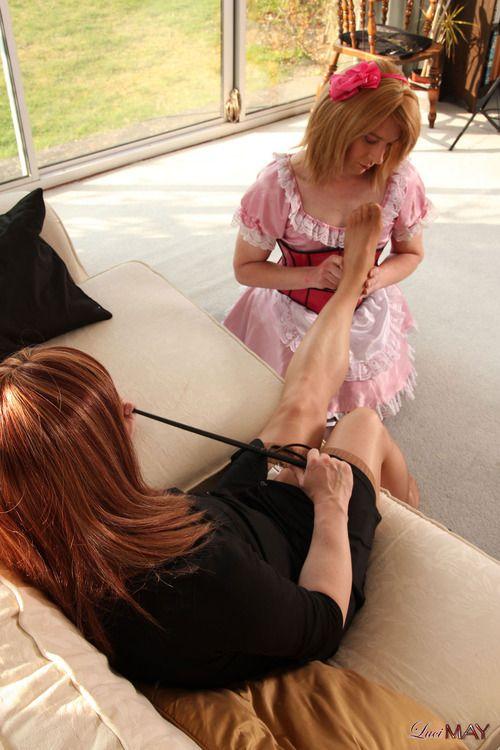 massage sensual girl maid