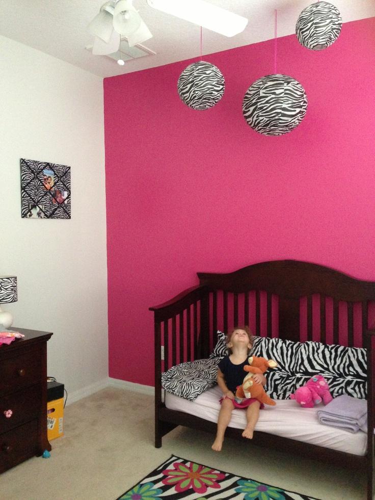 25 best ideas about zebra bedrooms on pinterest zebra for Pink zebra bedroom ideas