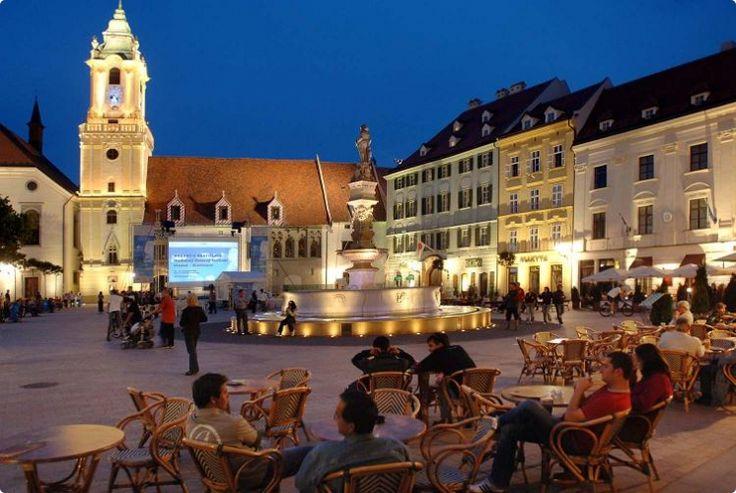 Bratislava Main Square #bratislava #slovakia #travel