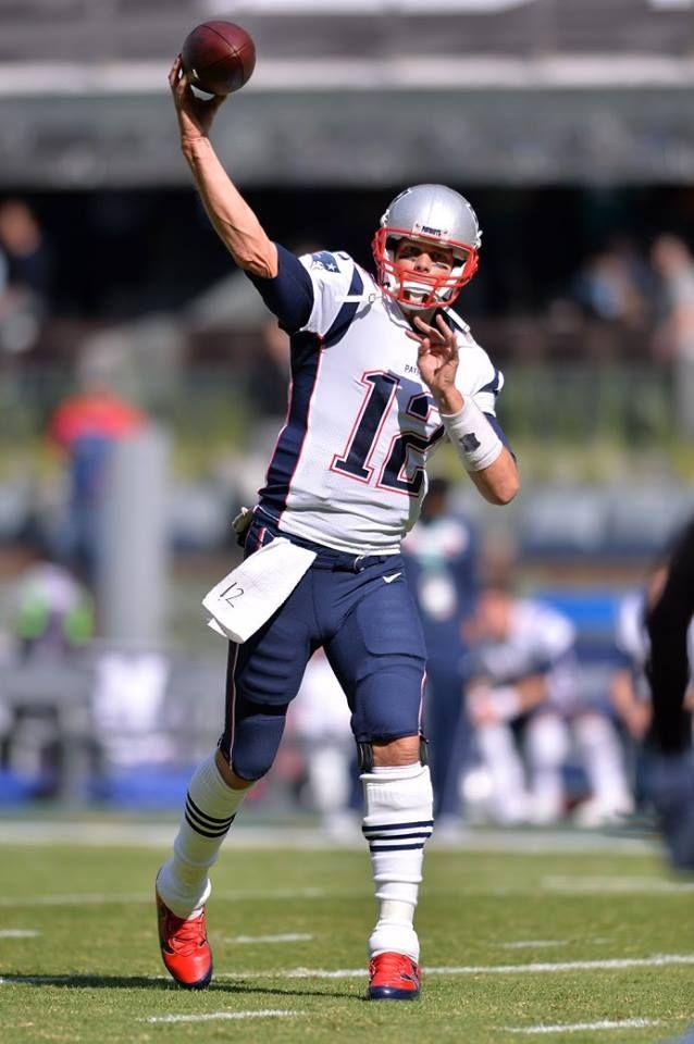 Nov 19, 2017; Mexico City, MEX; New England Patriots quarterback Tom Brady (12) throws a ball during warmups before the game against the Oakland Raiders at Estadio Azteca. Mandatory Credit: Orlando Ramirez-USA TODAY Sports — at Estadio Azteca.