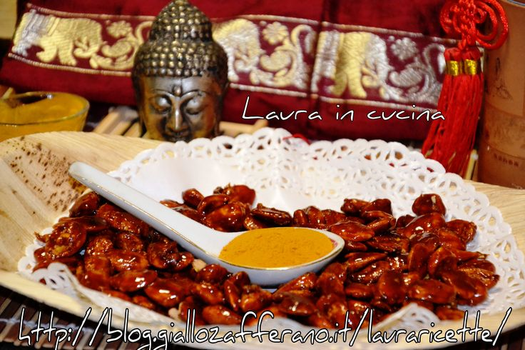 Mandorle caramellate alla curcuma,ricetta finger food